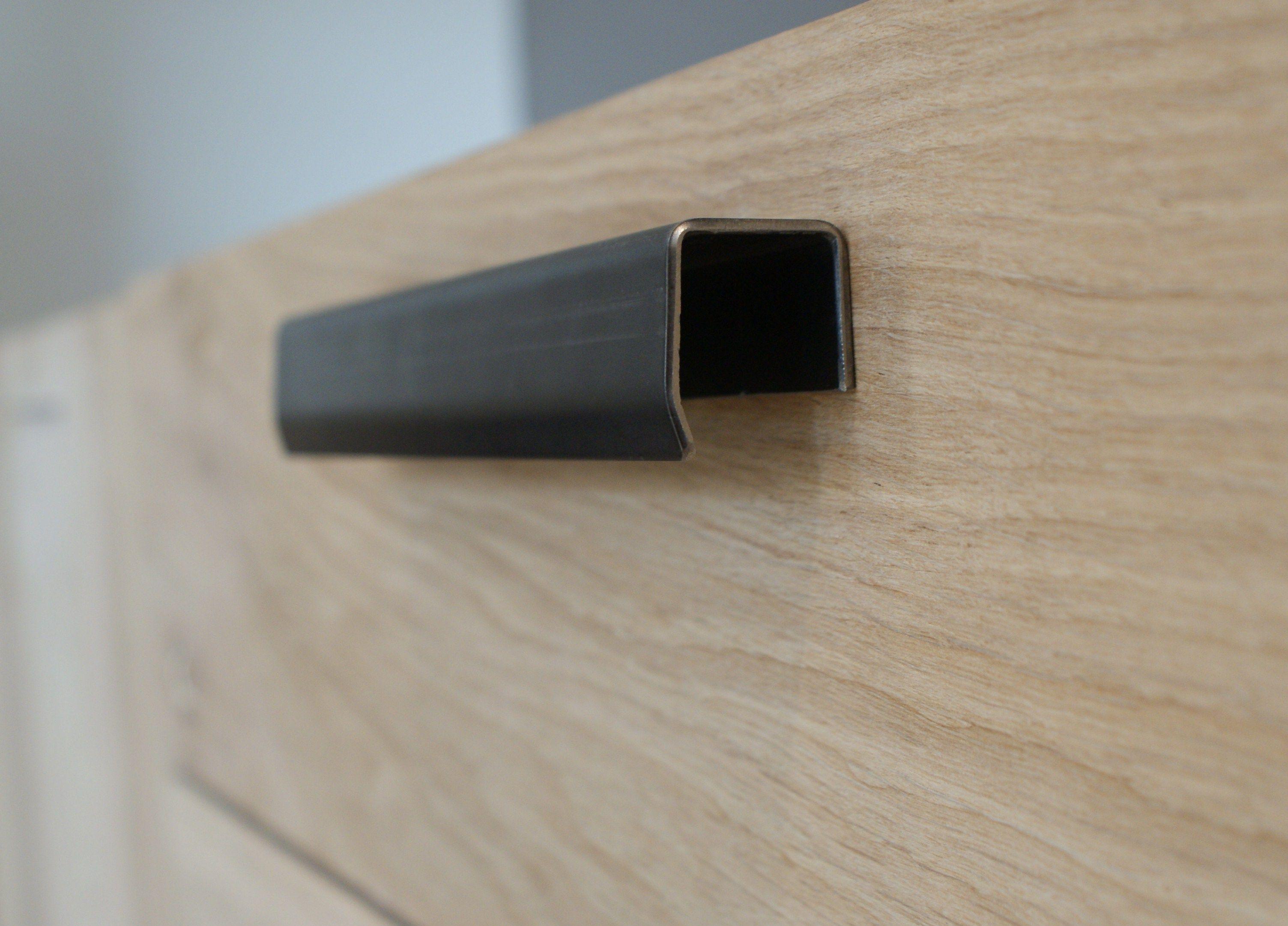 Épinglé par laetitia farjonel sur Typic Design  Poignée meuble