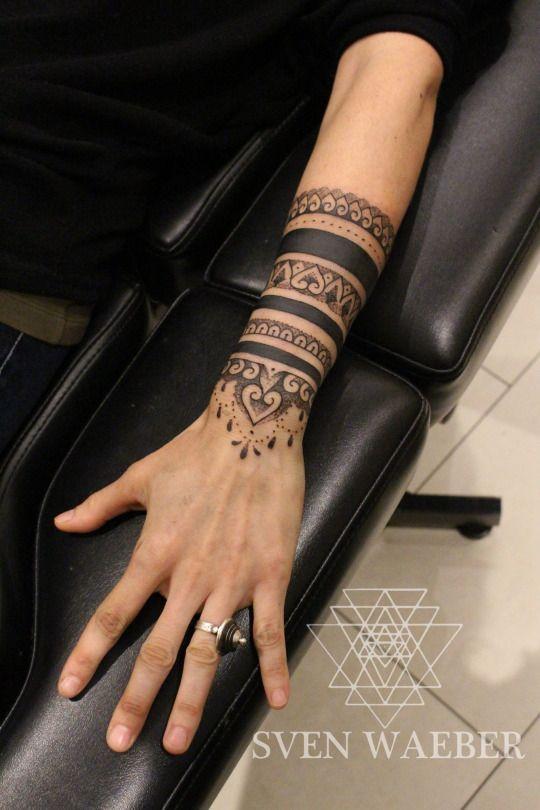 7d3573019 Pin by Sagrario Valdez on tatoo | Pinterest | Tatuaje de brazalete ...