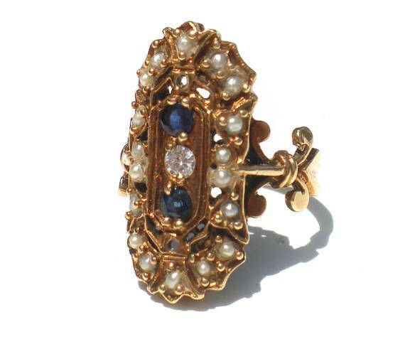 Antique 14k Gold Ring with Blue Sapphire Diamond and White