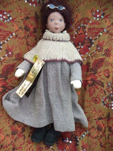 Poupée Swergnase Annie 40cm 15 250 2001 | eBay