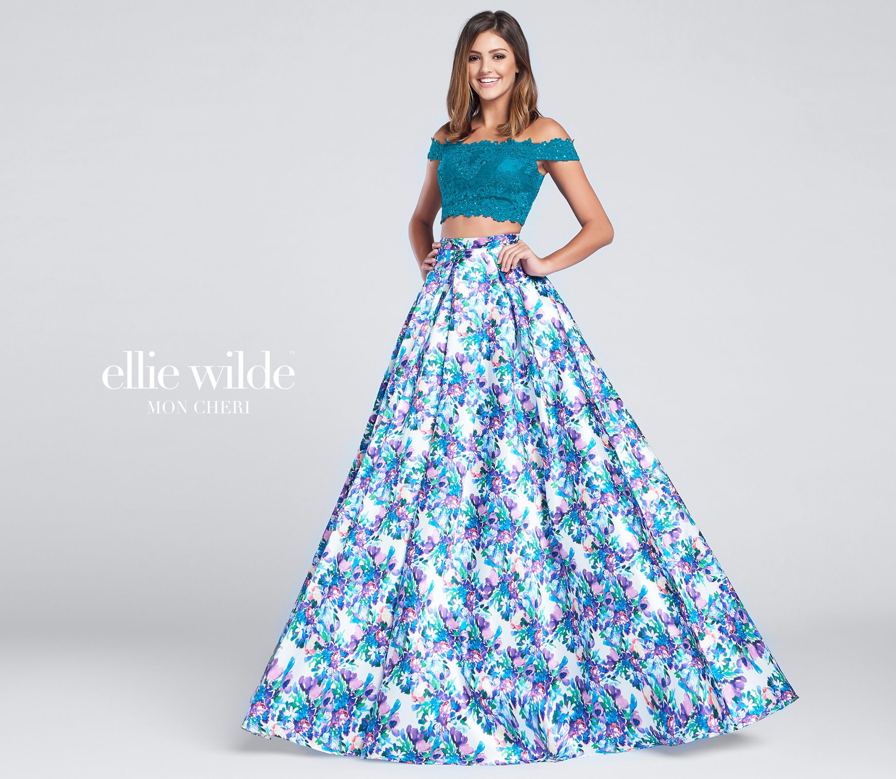 EW117167 | Scalloped lace, Lace crop tops and Box pleats