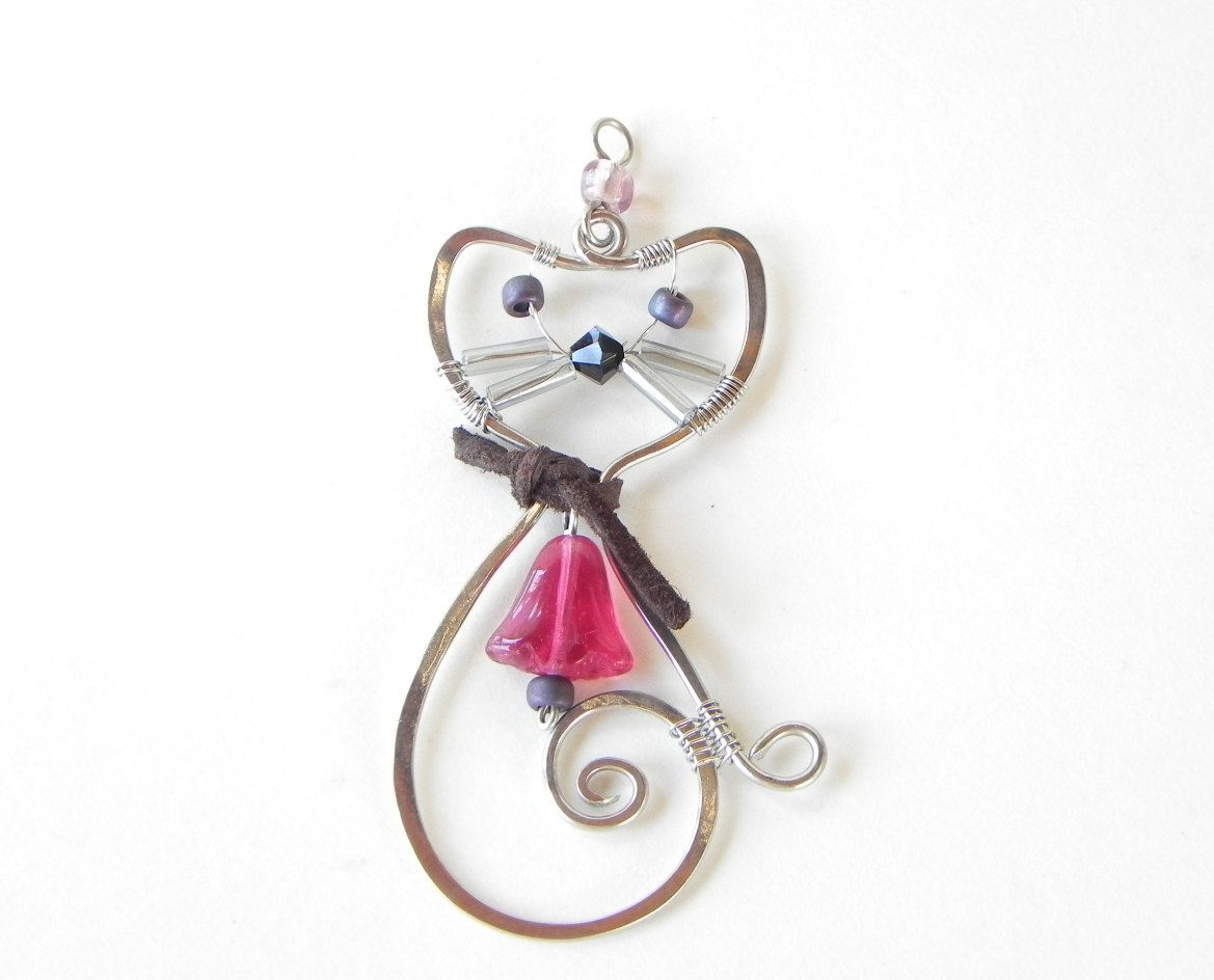 Handcrafted Wire Wrapped Cat pendant | Wire wrapping, Wraps and Pendants
