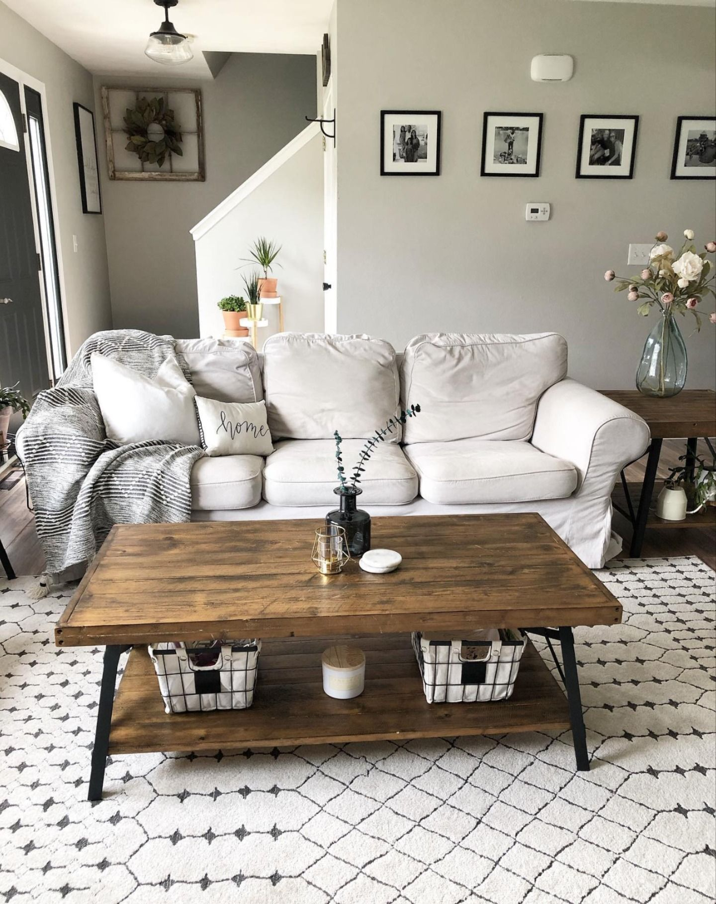Chubbuck Area Rug In 2020 Rugs In Living Room Home Decor
