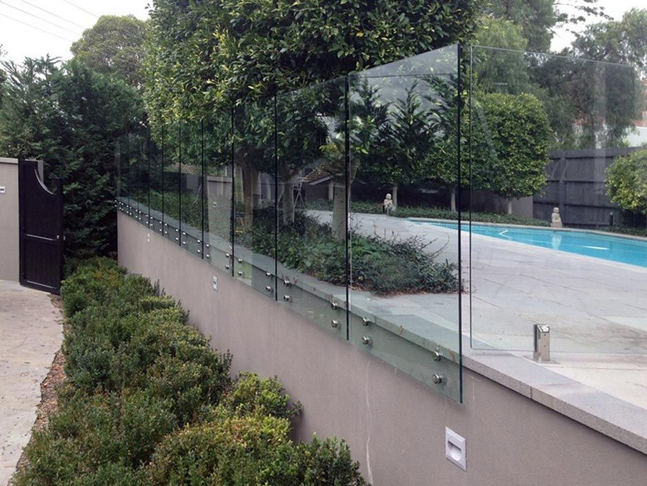 Everything That You Should Know About Glass Fencing Glass Fence Glass Pool Fencing Fence Around Pool