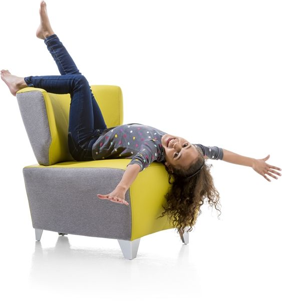 Moderne fauteuil calvi xooon fauteuils in alle for Barhocker xooon
