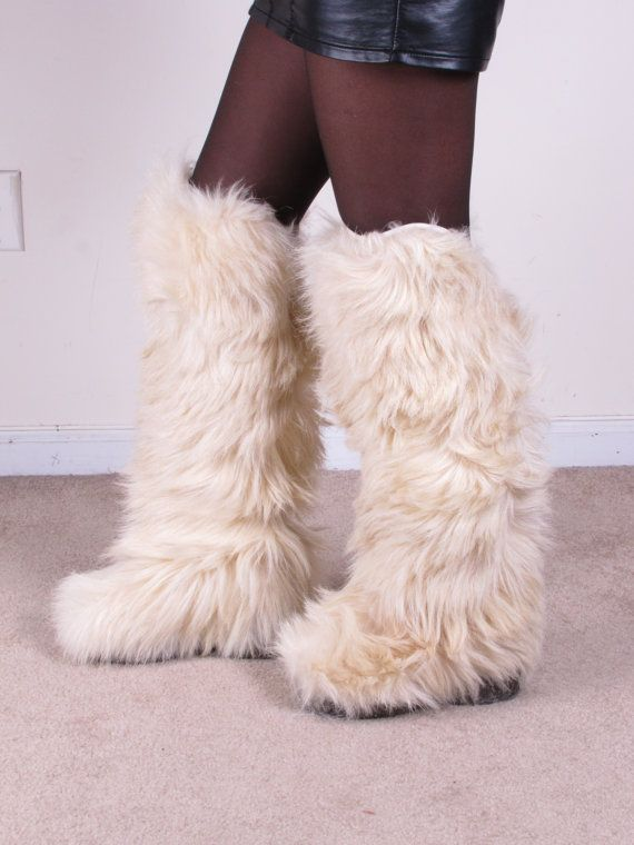 Fuzzy boots, Ugg fur boots