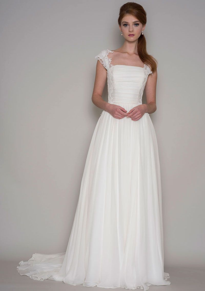 Amazing lace v neck sheath sleeveless simple summer wedding dress
