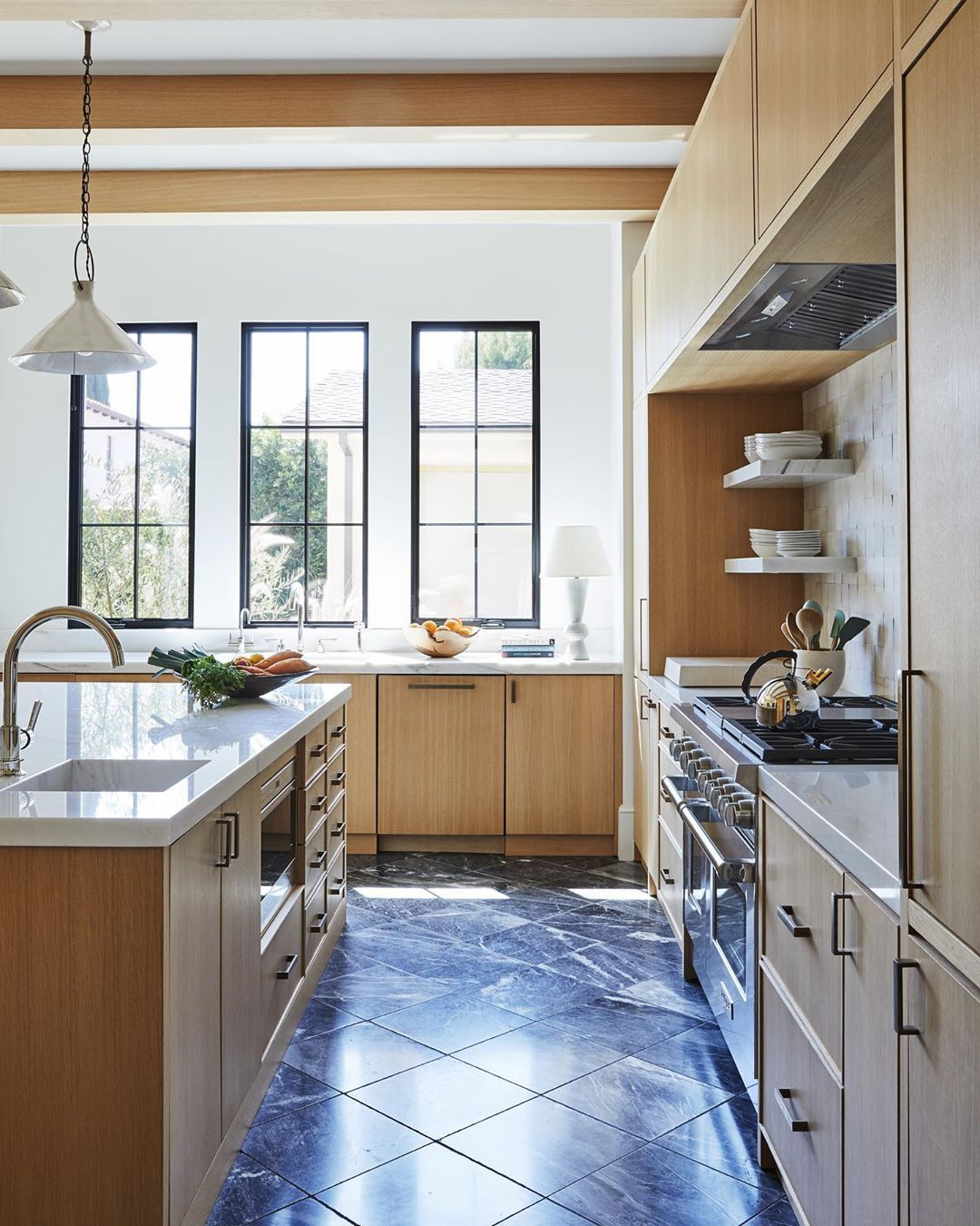 We Ve Rounded Up 17 Kitchen Tile Floor Ideas So Swoon Worthy We Re Willing To Bet They Will Make Y In 2020 Disc Interiors Blue Kitchen Designs White Tile Kitchen Floor