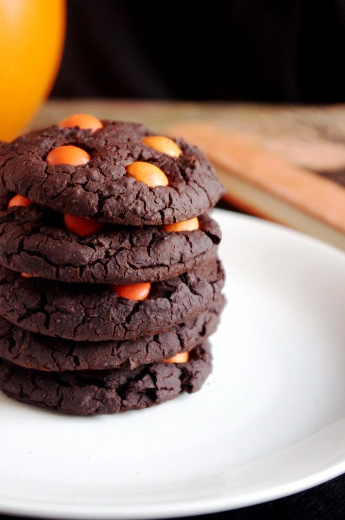 chewy chocolate halloween cookies best cheap easy party treat snack food way to