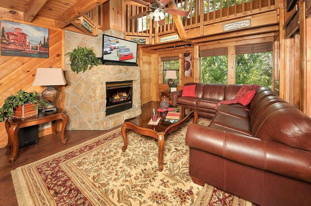 Cabins In Pigeon Forge And Gatlinburg Tennessee Cabin Rentals Cabin Luxury Movie Theater