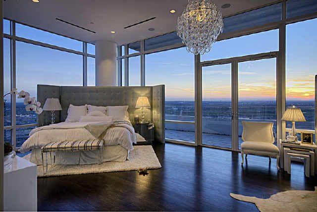 I love the glass doors and balcony!