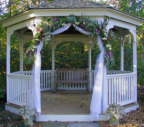 Tents gazebos fancy flowers by meredith fancy for Outdoor wedding gazebo decorating ideas