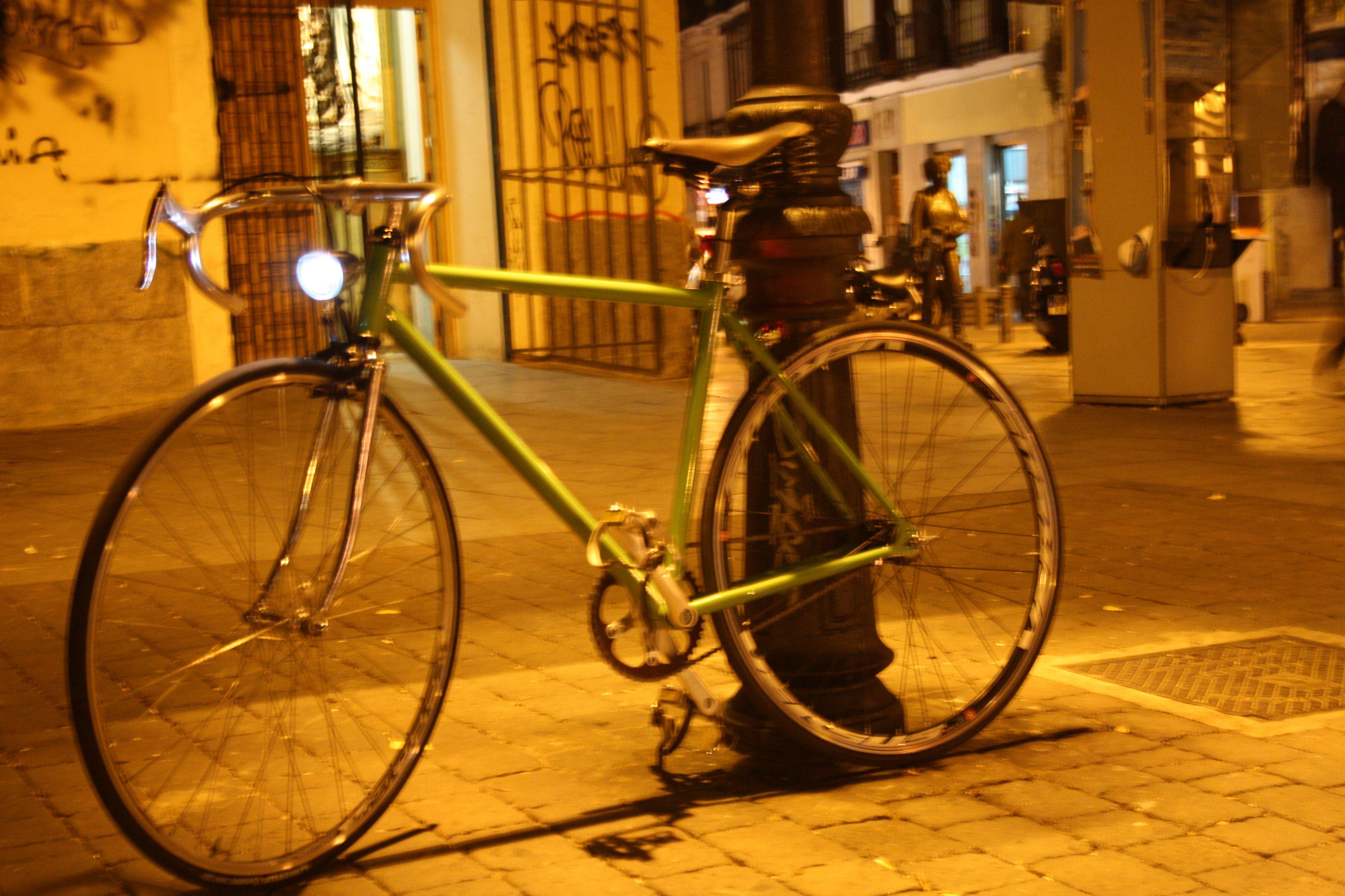 Foto nocturna plaza san ILDELFONSO (MADRID)