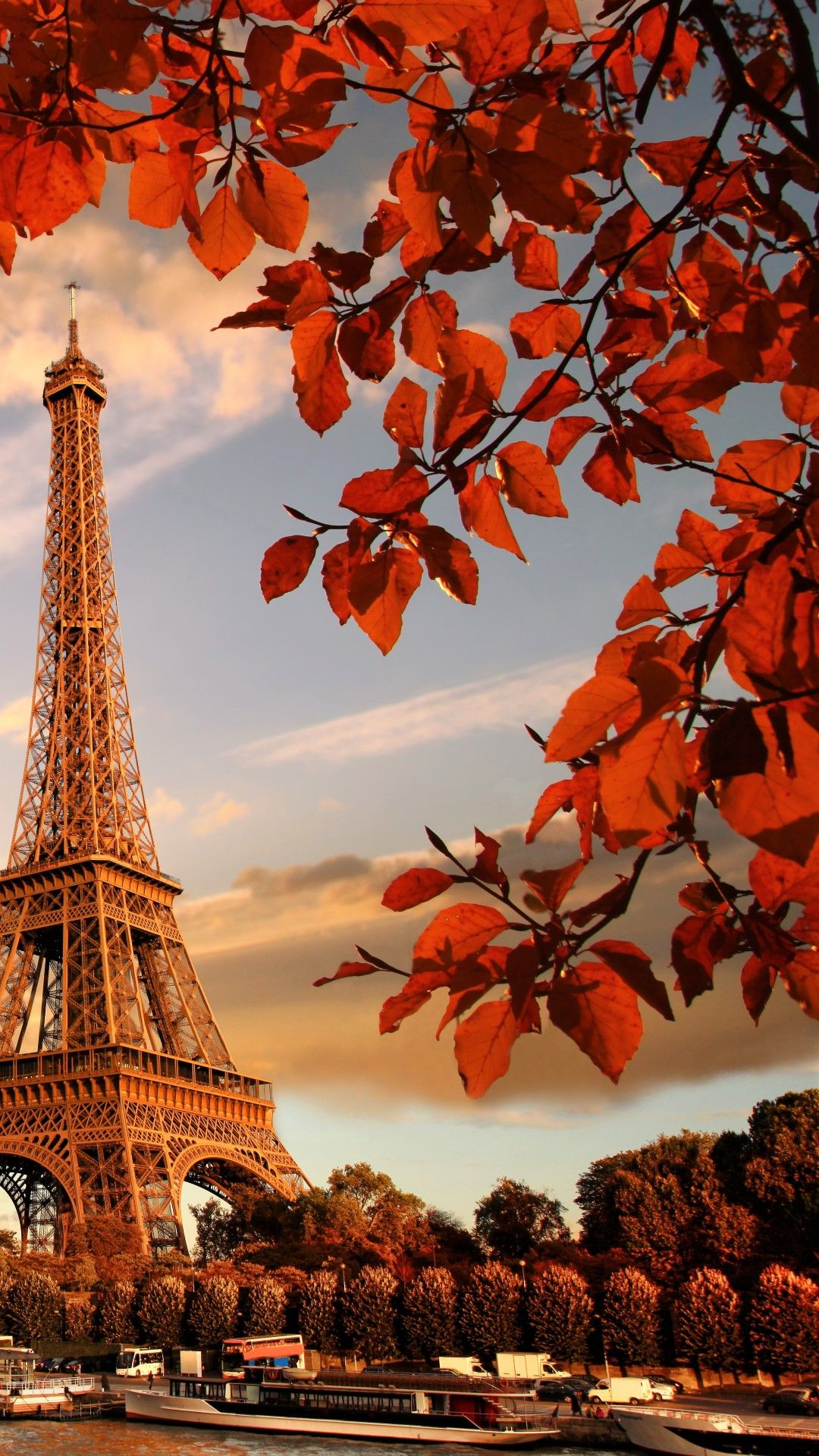 Eiffel Tower In Autumn France Paris Tap To See More Of The Most Romantic Paris City Beautiful Wallpapers Backgrounds Paris Wallpaper Paris Wallpaper Iphone