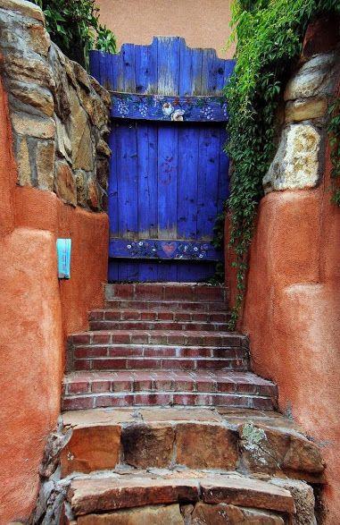 Found this entranceway in Santa Fe, New Mexico, USA.