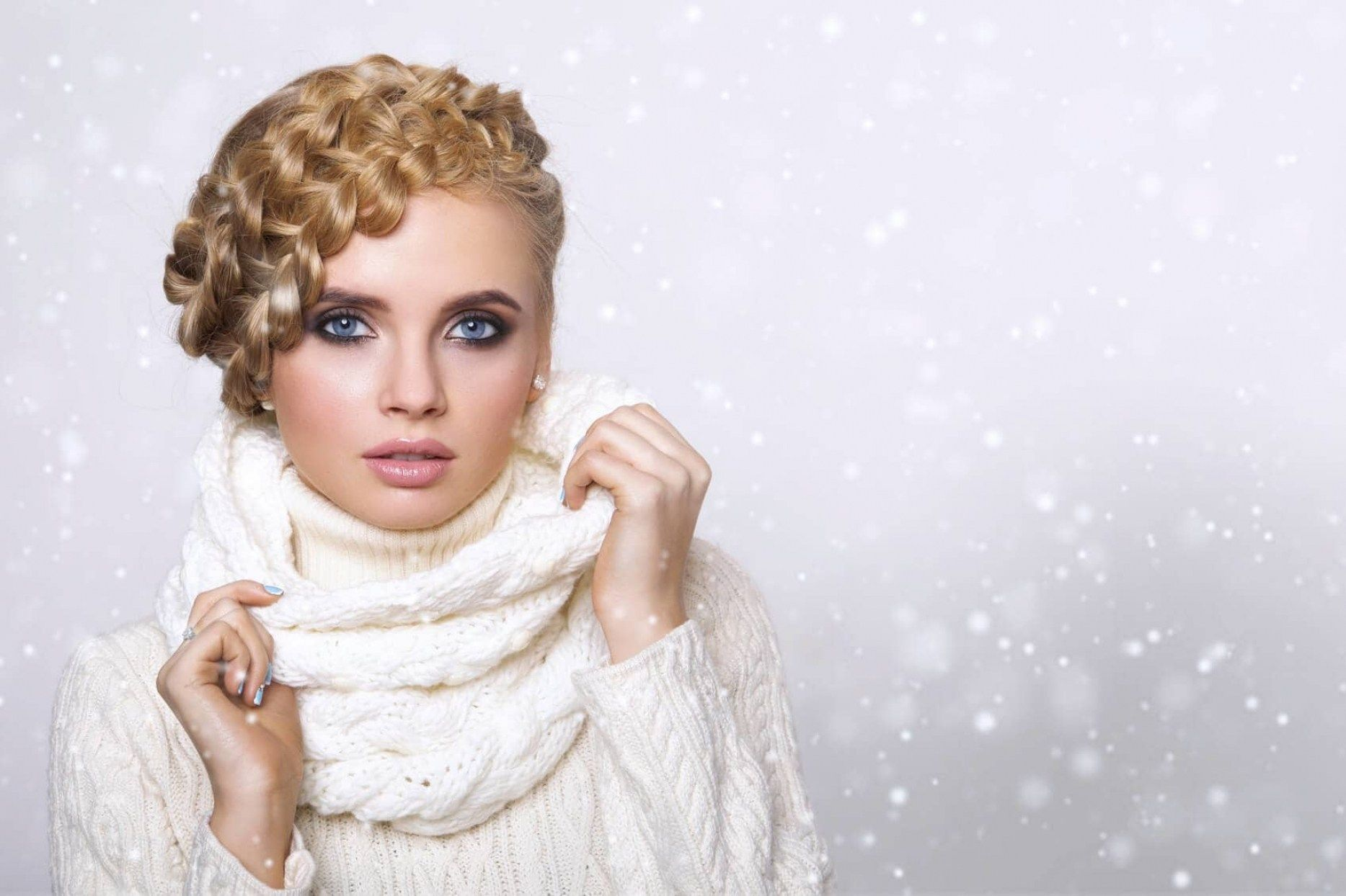 7 stunning winter wedding hairstyles in winter wedding hairstyles ...