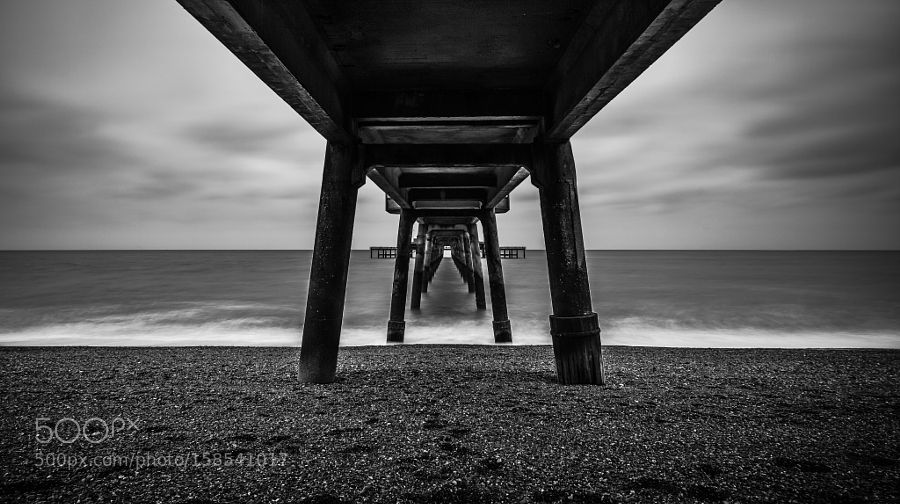 Under Deal Pier (B&W) by Wale100