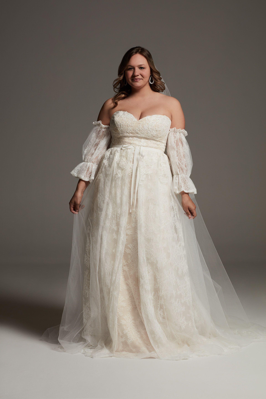 White By Vera Wang Plus Size Lace Overskirt Dress David S Bridal Plus Size Wedding Dresses With Sleeves Wedding Dresses Whimsical Wedding Dresses Vera Wang [ 2880 x 1920 Pixel ]