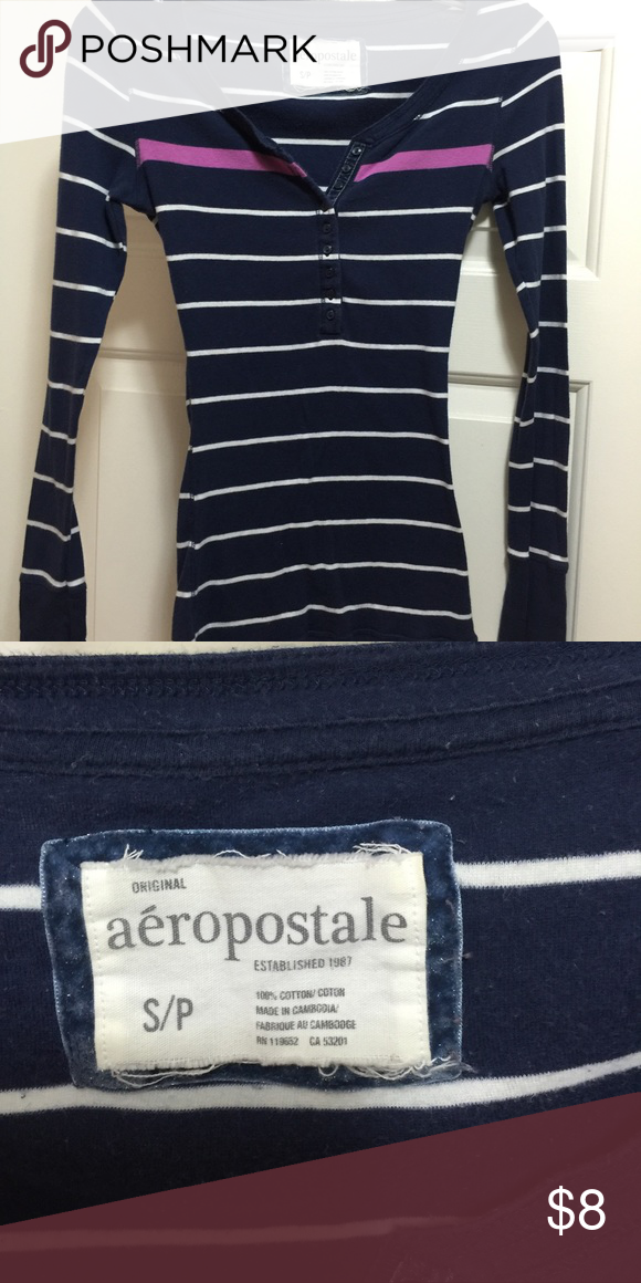 Long sleeve knit top Aeropostale long sleeve top Aeropostale Tops Tees - Long Sleeve