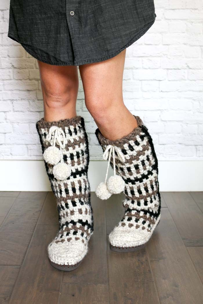 Free Pattern Slouchy Slippers The Perfect Crochet Gift Way Out