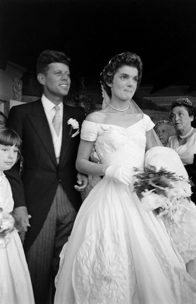 What Jackie Kennedy Wore To Her Second Wedding Jackie Kennedy Wedding Jackie Kennedy Kennedy Wedding Dress