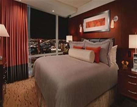 Aria Center Suite 1075 Square Feet 1 Bedroom 1 Bathroom Living Delectable 3 Bedroom Suite Vegas Decorating Inspiration