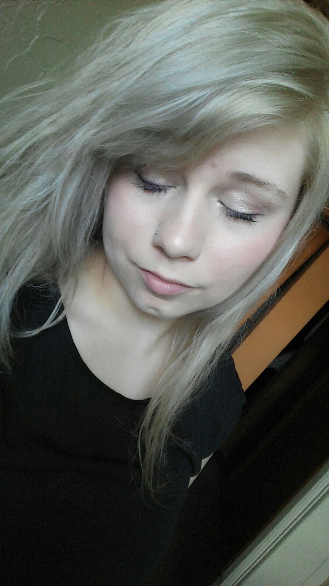 Unstyled silver and ash blonde blended hair