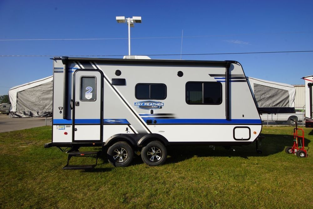 NEW 2018 JAYCO JAY FEATHER X19H HYBRID TRAVEL TRAILER ONLY ...