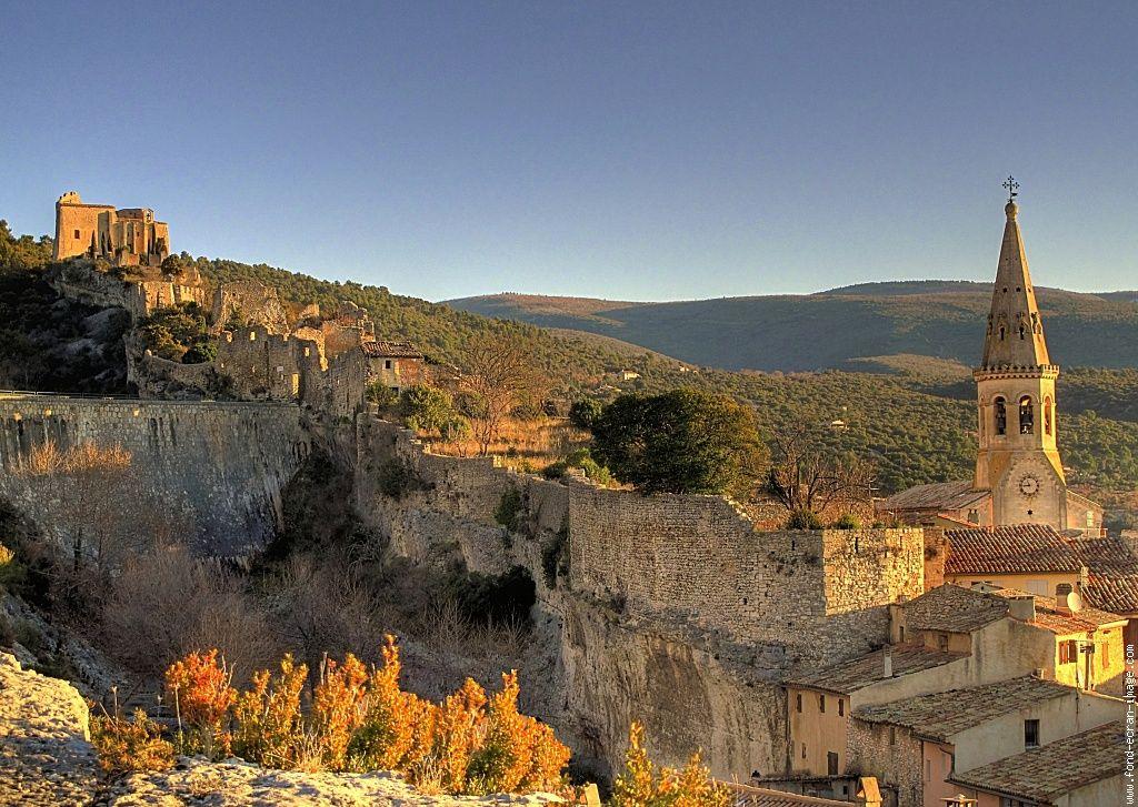 0h44 saint saturnin les plus beaux villages de france for Les plus beau fond ecran