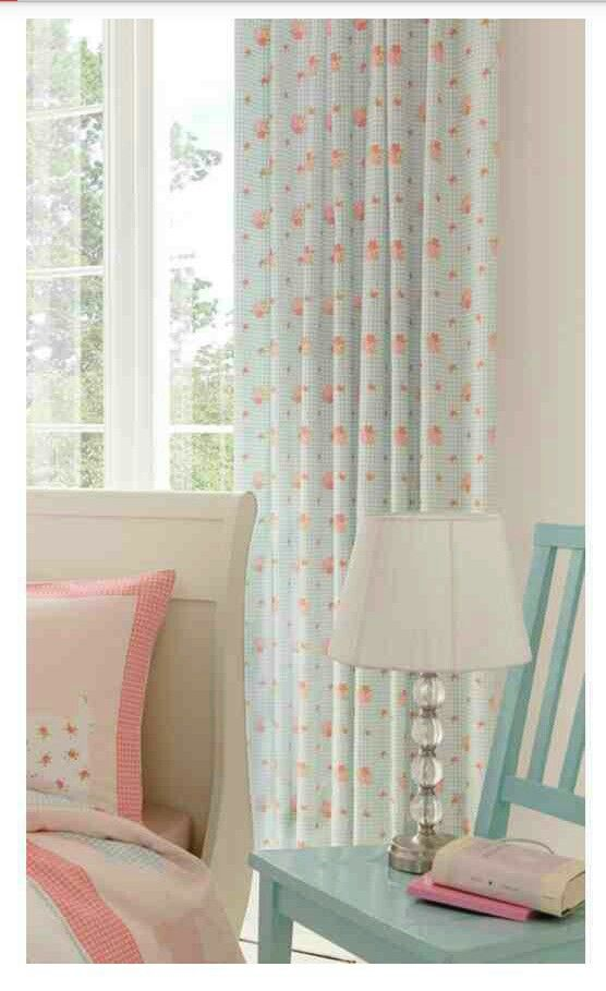 Love this Set gonna get it for the Girls when they get their new Bedroom :)