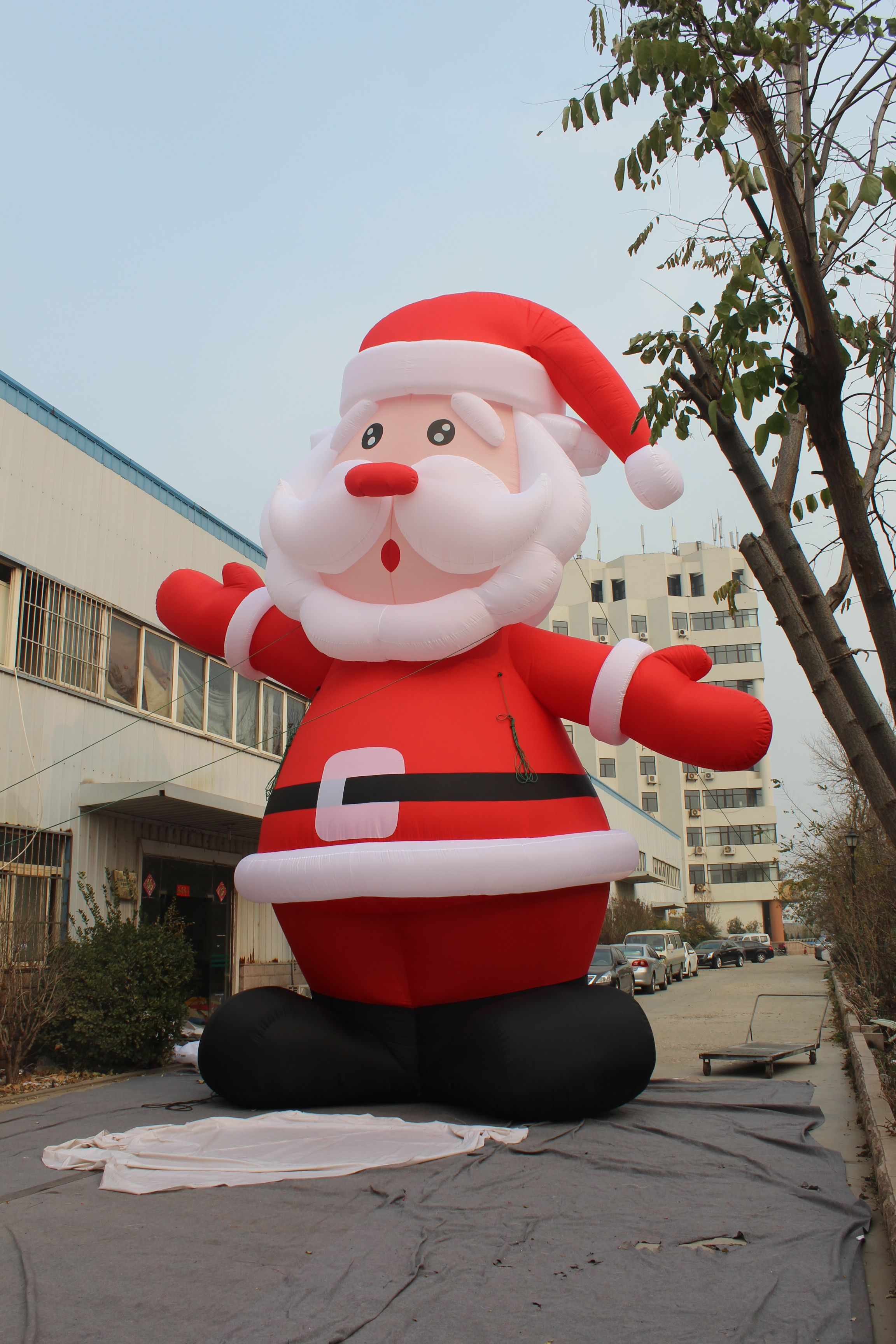 Christmas Inflatables Clearance.20ft High Santa Inflatable For Christmas Led Stage Event