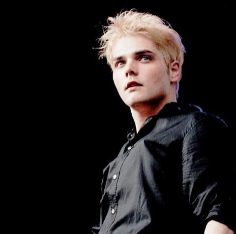 Gerard Way | Gerard Way | Pinterest | Romance, Narnia and ...