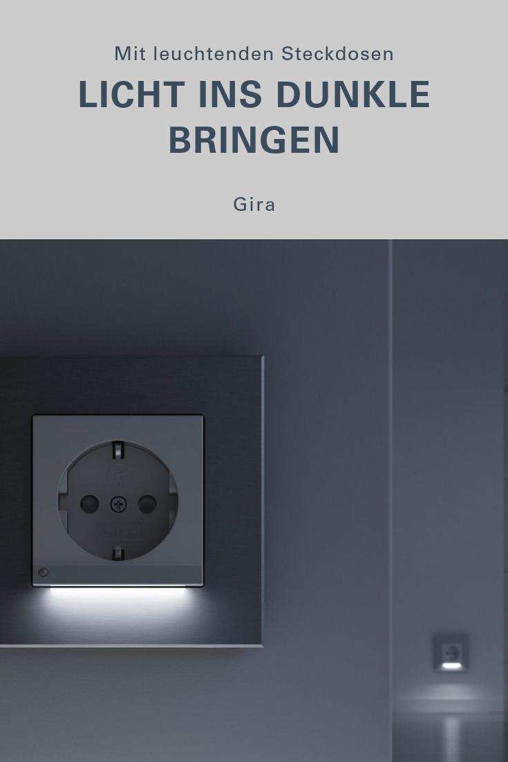 Gira Schuko Steckdose Mit Led Orientierungsleuchte Steckdosen Licht In Der Dunkelheit Steckdosen Und Lichtschalter
