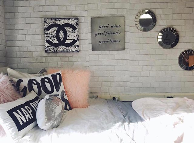 When You Want Exposed Brick Walls And Your Dorm Doesn T Come With Them Don T Worry Shop Temporary Wall Paper From Dormif Dorm Room Walls Cool Rooms Dorm Room