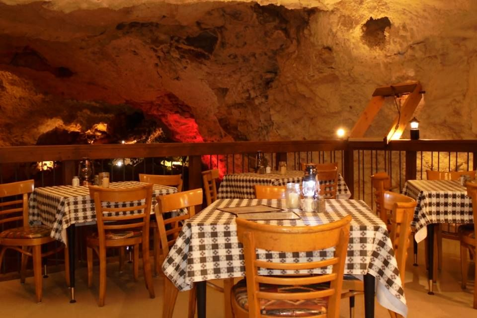 7 Of The Most Unusual Restaurants In Arizona