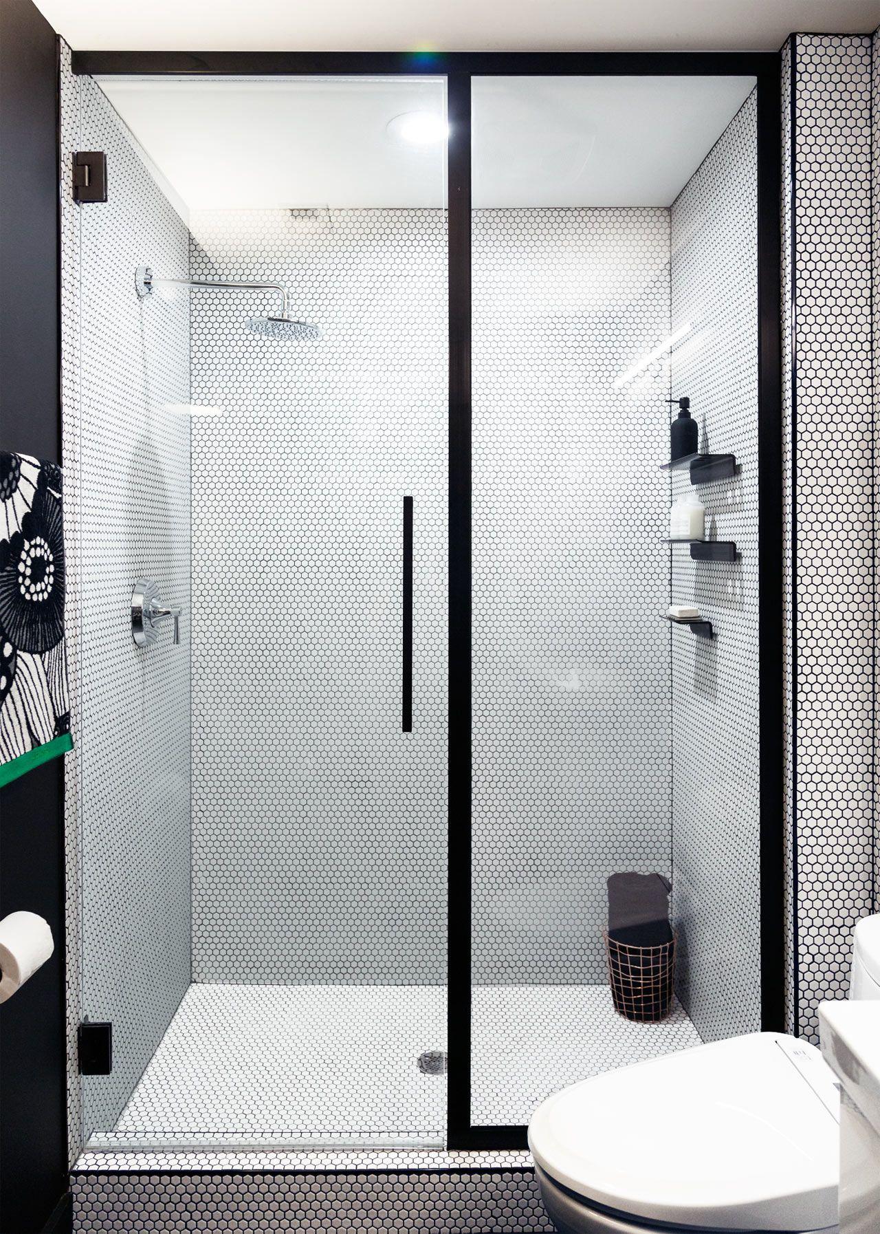 Basic Bathroom Gets a Graphic, Modern Renovation | Modern, Interiors ...