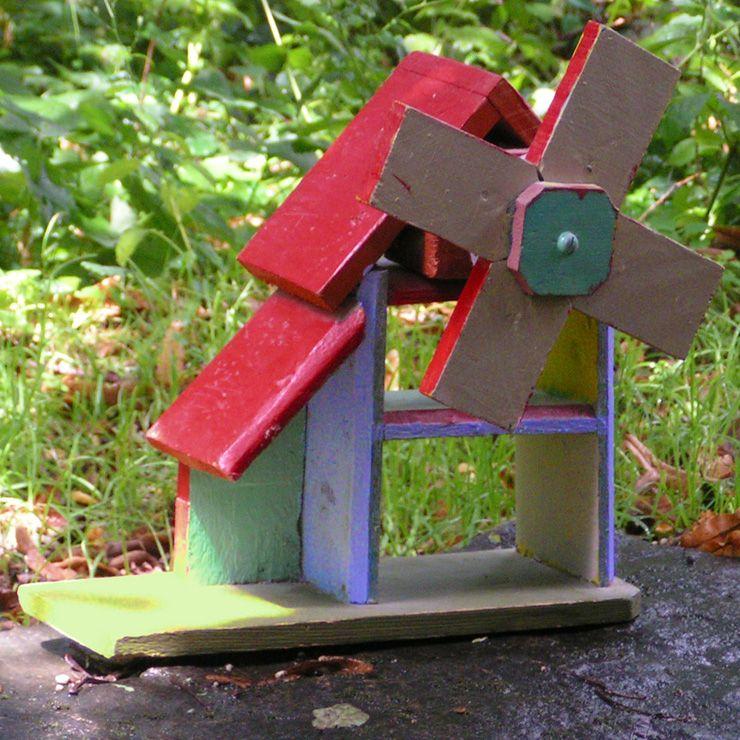 I Made This With Pallets Wood Wind Mill Moulin Fait Avec Des Planches De Palettes Planches De Palettes Palette Palette Bois