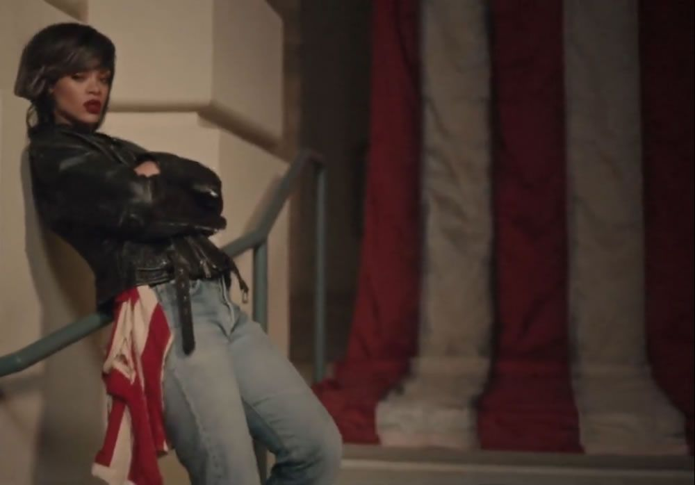 Fashion Credits: Rihanna In American Oxygen Music Video | Vintage ...