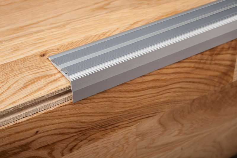 Inspiring Edging And Trim Using Schluter Strip Ideas Edging Laminate Flooring Using Schluter Strip Ideas Stair Nosing Laminate Flooring Laminate