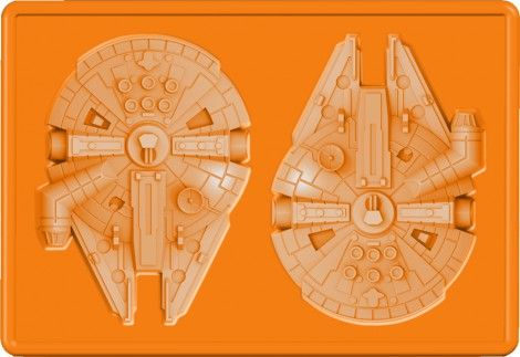 登場キャラクターの形をした氷をつくることができる「シリコンアイストレー」ミレニアム・ファルコン (C)&TM Lucasfilm Ltd.