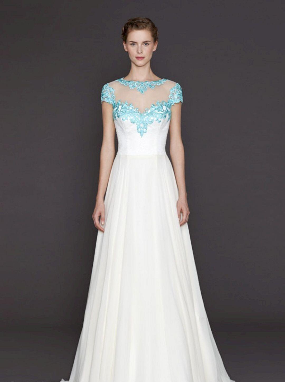 Wonderful pastel wedding dresses design for bride looks more