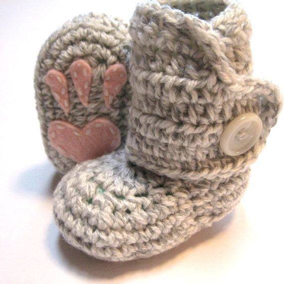 Crochet baby booties with bunny paw prints