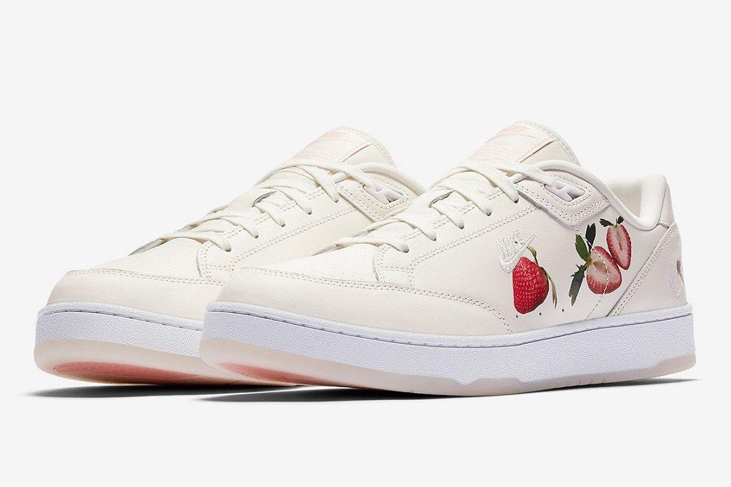 And Nike Strawberries With Ii Celebrates Wimbledon Grandstand Cream zVqMSpU