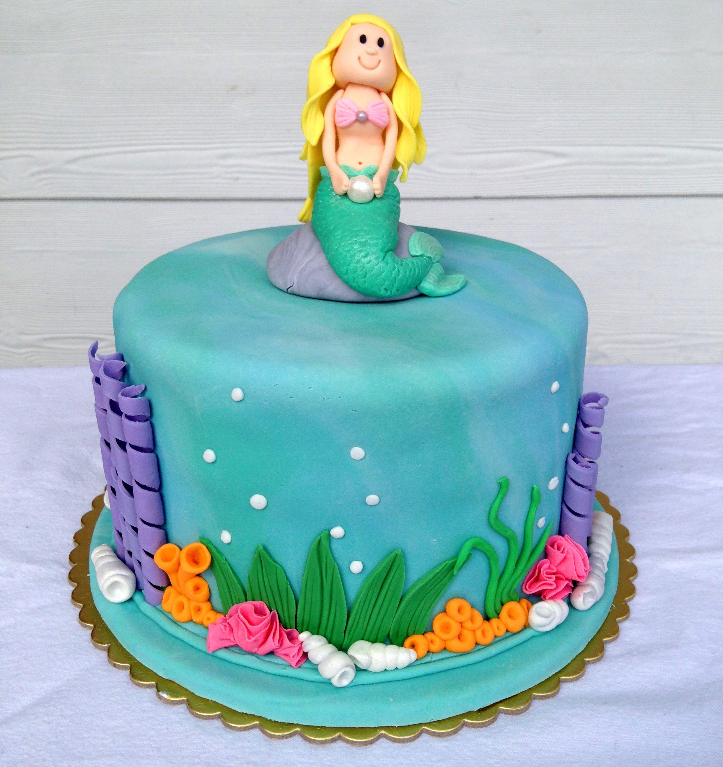 Mermaid Cake, made by Tracey Munro, Tauranga NZ Mermaid