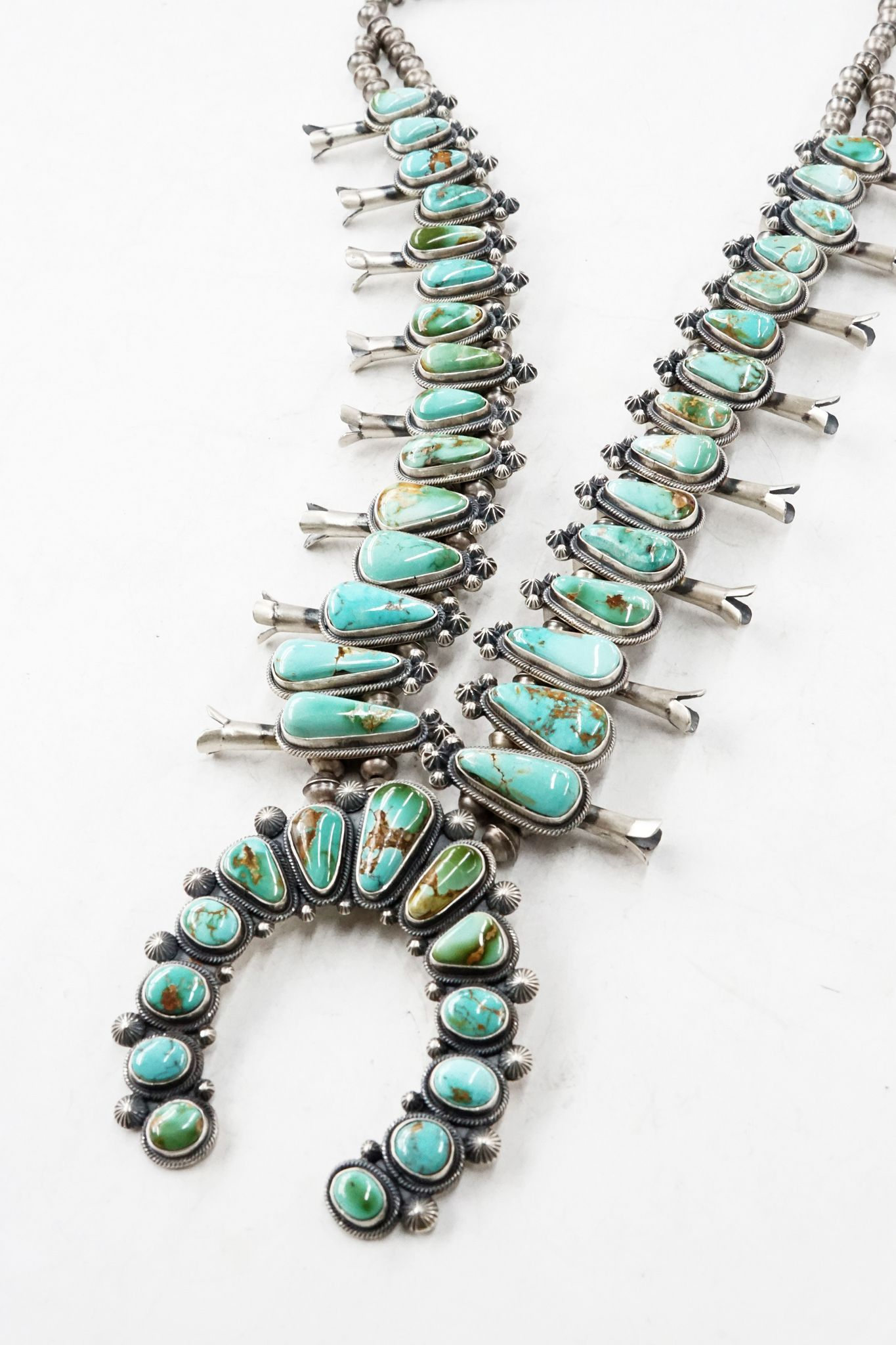 Love This One And The Mix Of Color The Stones Look A Tad Too Polish But Maybe Tha Silver Turquoise Jewelry Turquoise Jewelry Turquoise Jewelry Native American