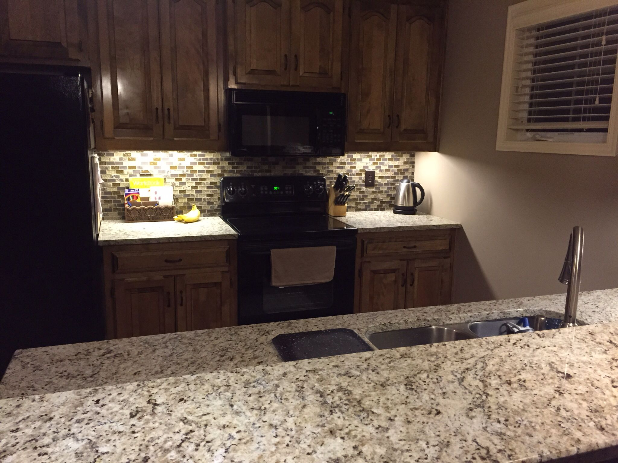 Giallo Verona Granite, Sonoma Blend back splash from Home Depot ...