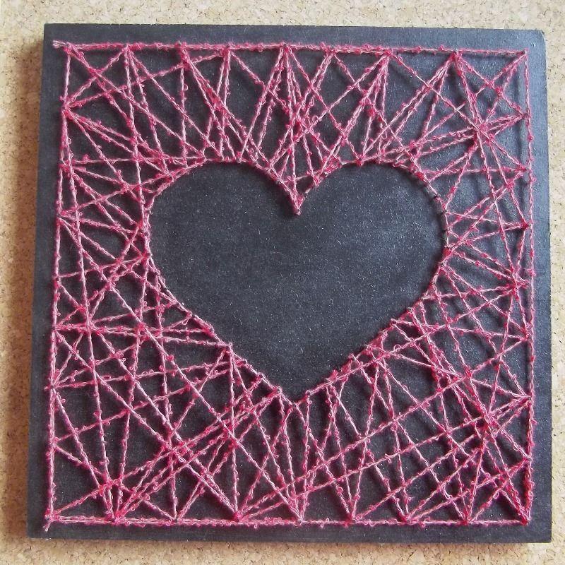 tableau string art c ur rose sur fond noir tableau en. Black Bedroom Furniture Sets. Home Design Ideas