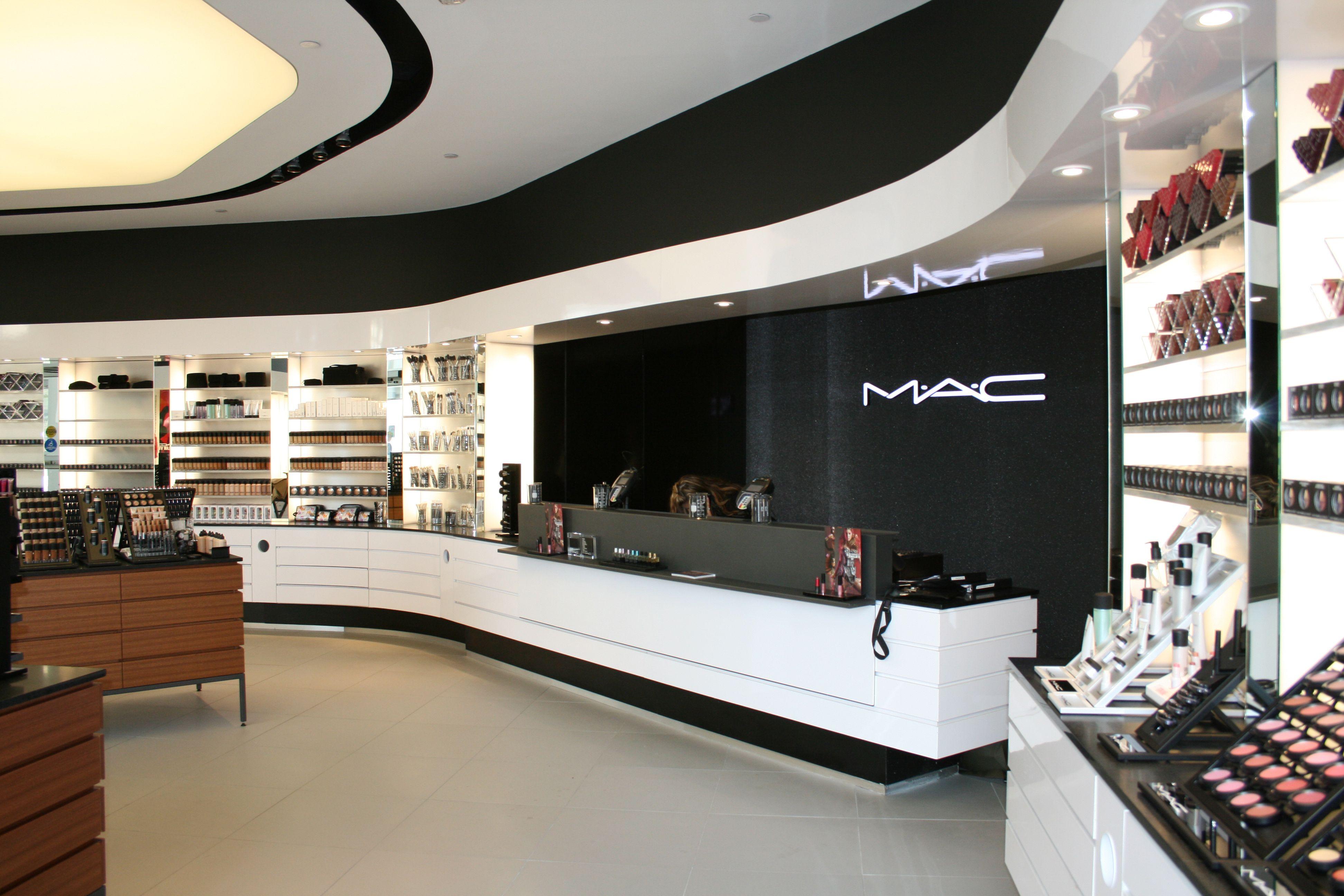 8edbd2afc Mac Store - Murano Onyx #mac #maccosmetics #macmakeup #wallpaper  #wallcoverings #innovation #innovations #usa #interior #interiordesign