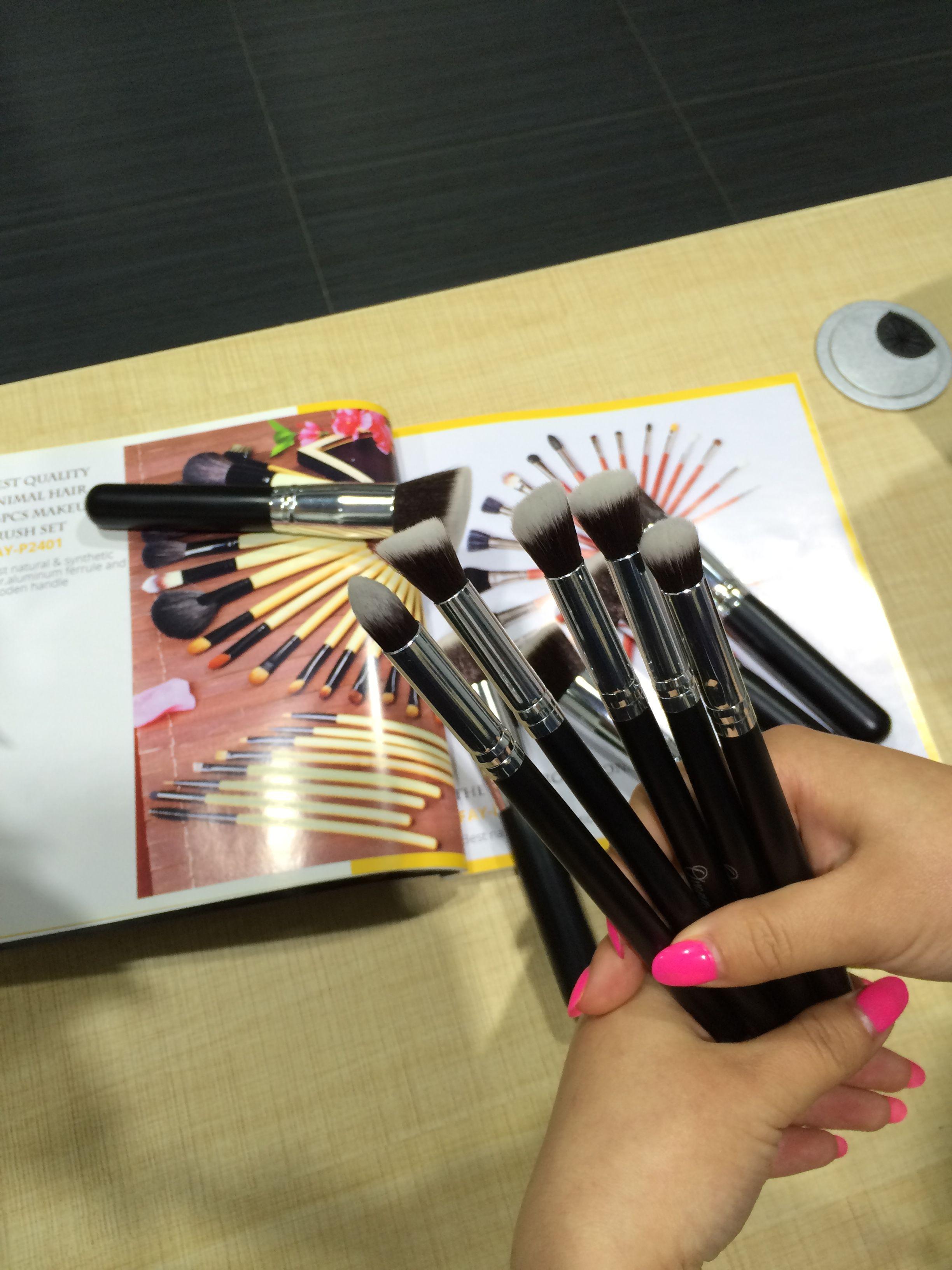 Beautiful Eye Makeup Brushes Makeup brush set, Eye