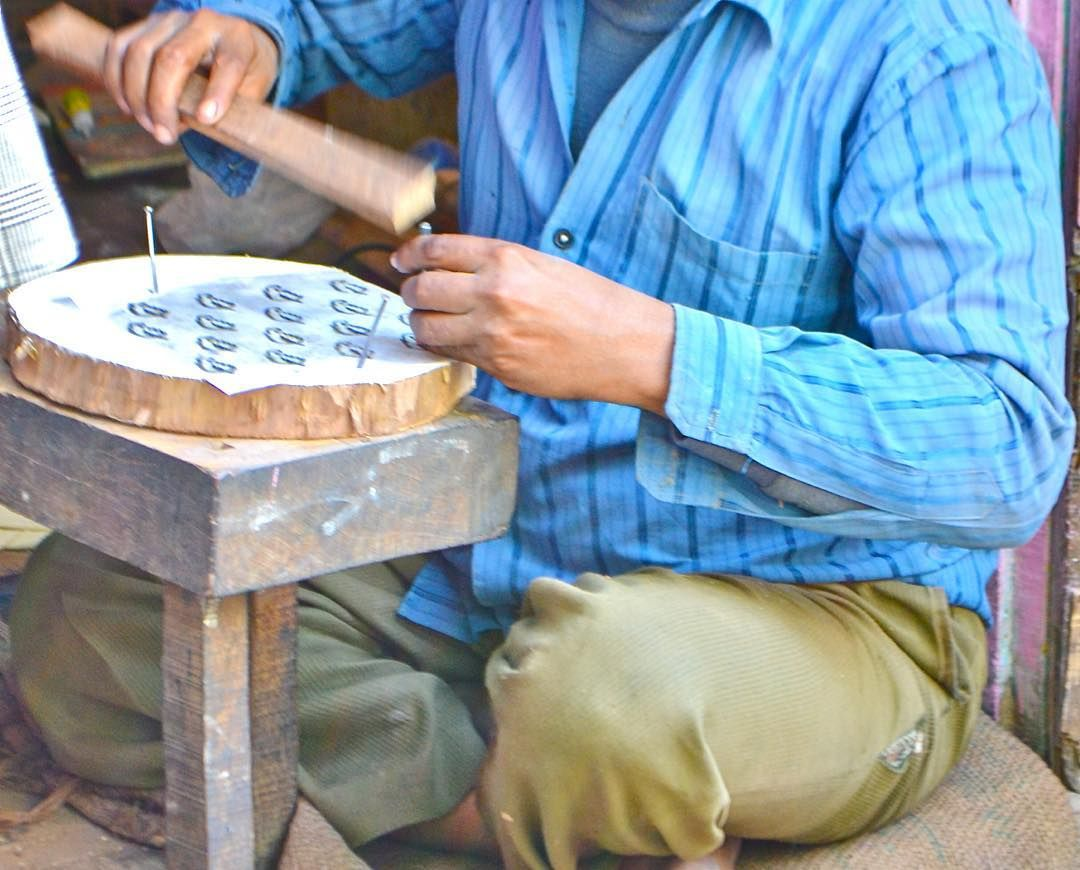 As with many crafts in India, the skill of block carving is passed down in the…